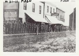 1914 Troops ready to move out