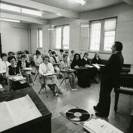 David L. Kaplan - Class in Session